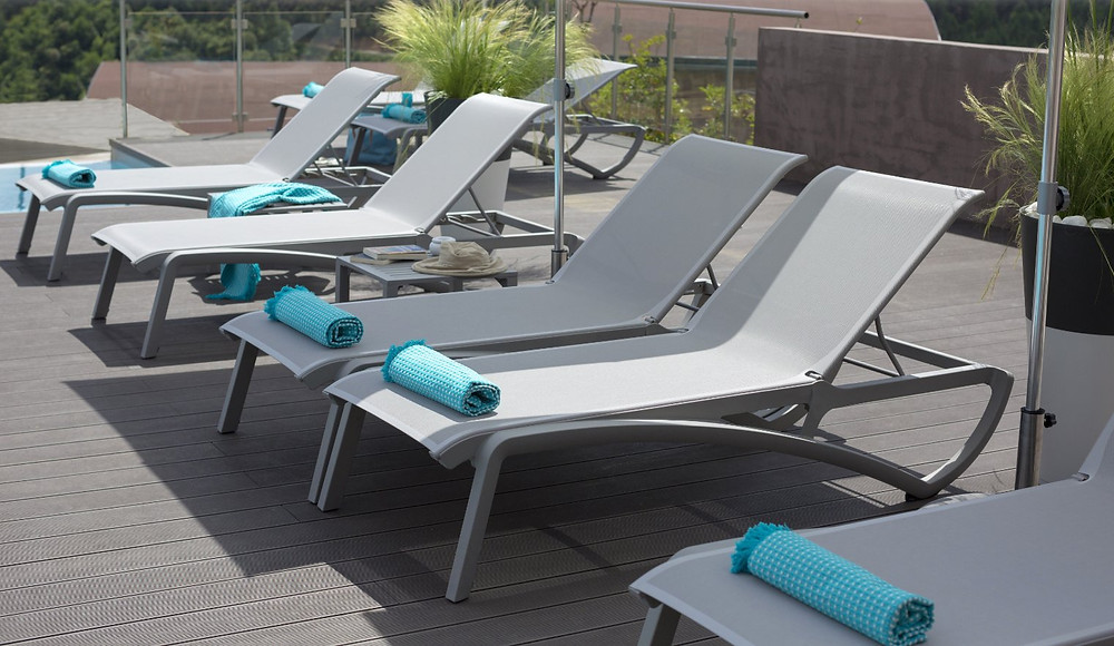 patio furniture for commercial properties