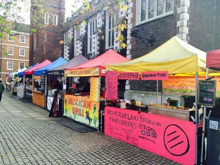 Advantages of street food -