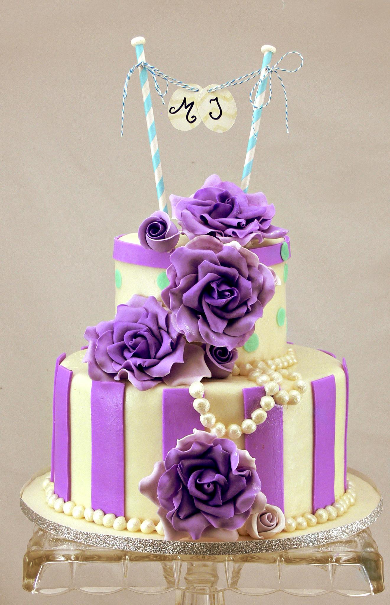 Resultado de imagem para purple quinceañera cake