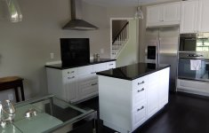 Resourceful Katy's Kitchen That Will Change Your View On This Style