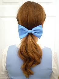 5 Ways To Spice Up Your Ponytail (1/5)