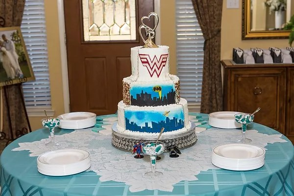 His   Hers Wedding Cake   Cakes done wRIGHT wedding cake superhero wedding cake superman wedding cake wonder woman wedding  cake batman wedding cake whimsy