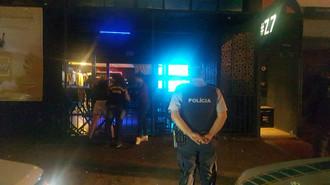 Polícia realiza operação de fiscalização de boates
