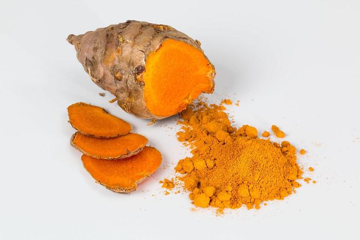 Turmeric - grated root & powder
