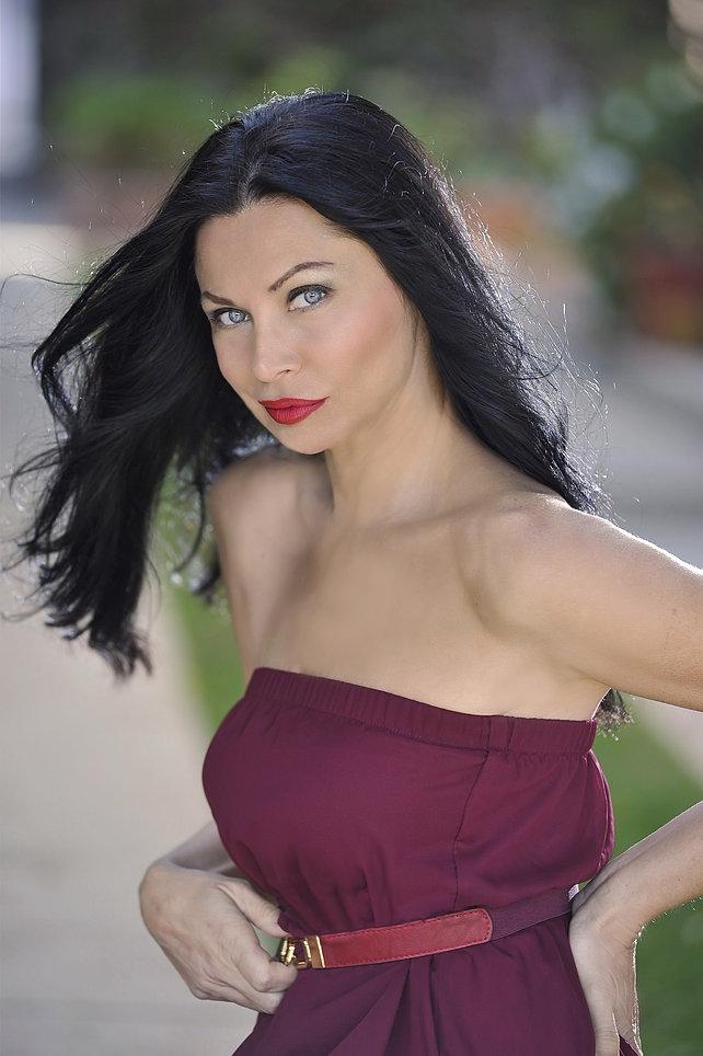 Sofia Shinas nude 834