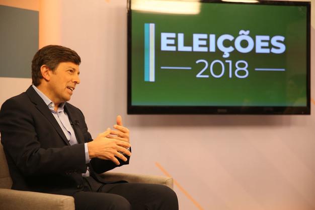 Resultado de imagem para Partido Novo entra com ações no TSE contra propaganda eleitoral do PT