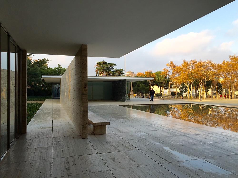 Sep 23, 2021· バルセロナパビリオン 外観 ルートヴィヒ ミース ・ ファン ・ デル ・ ローエのバルセロナ ・ パビリオン の写真素材をダウンロード。低価格でご購入いただけます。 image 62425581. ガウディとミースの挟間