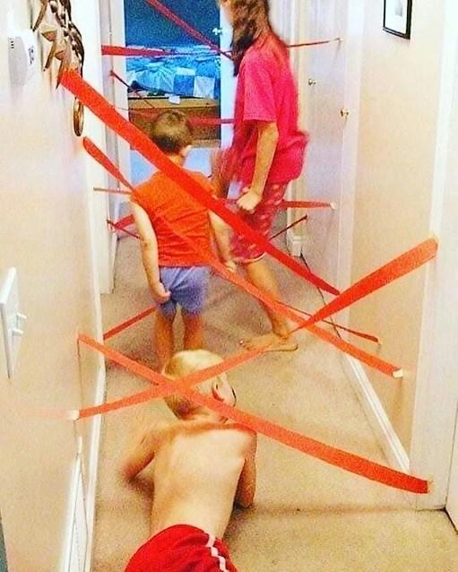 Δραστηριότητα στο σπίτι! Προσπαθώ να περάσω από τον λαβύρινθο!
