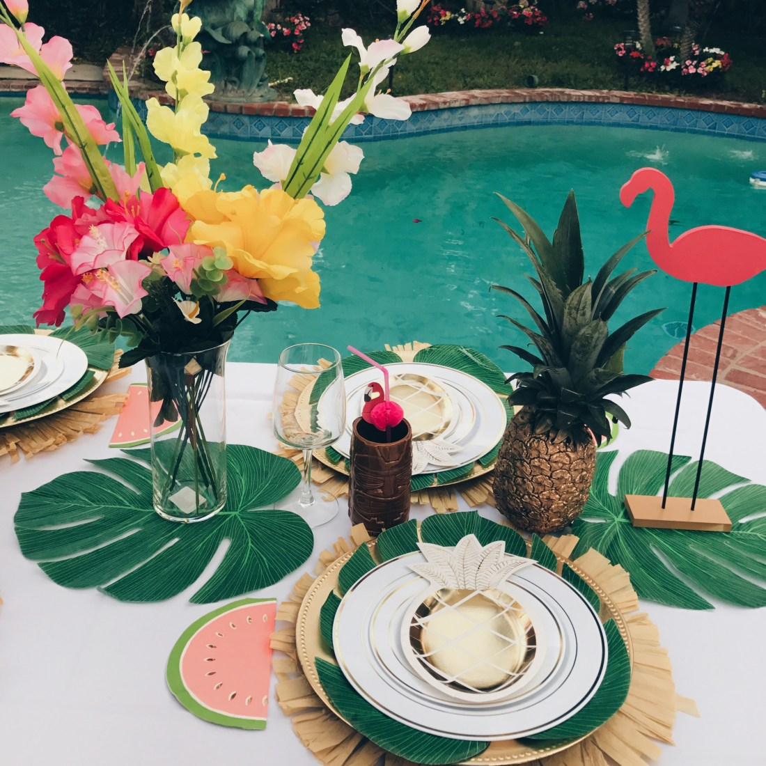 Bright Fun Glam Tropical Party Idea Table Setting Chic