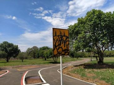 Vândalos Fazem Pichação em Patrimônio do Parque de Águas Claras