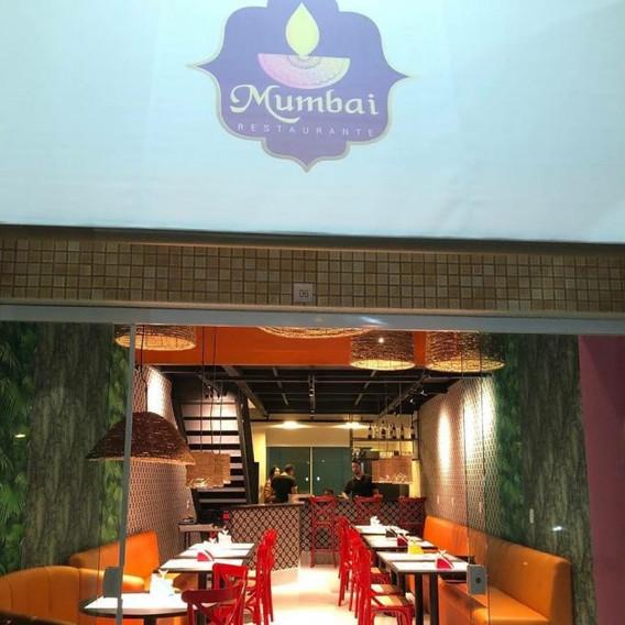 Mumbai Restaurante Comemora 1 Ano Com Jantar Especial