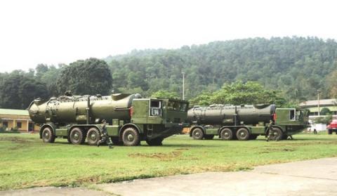 Tổ hợp tên lửa REDUT-M bảo vệ Trường Sa của Việt Nam - Ảnh 5