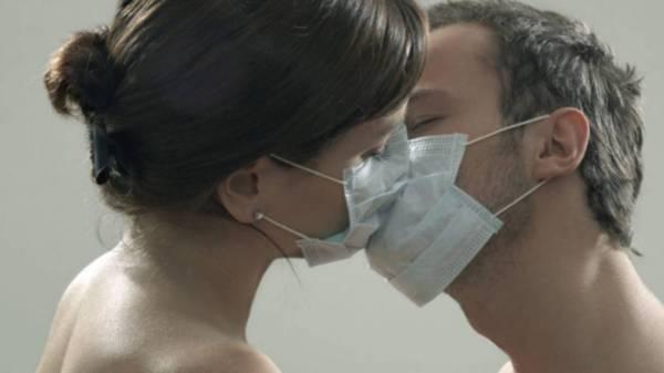 В саунах Семея проститутки в масках оказывали интим-услуги