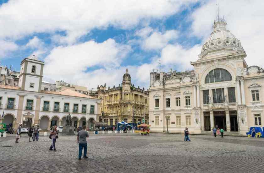 Câmara Municipal de Salvador e o Palácio Rio Branco
