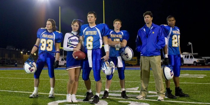 Why Friday Night Lights Ended After Five Seasons | CBR