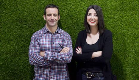 Carlos León, Sustainability Business Innovation en FabLab Coworking y Rebeca Arnedo, consultora ambiental de SIGESNA
