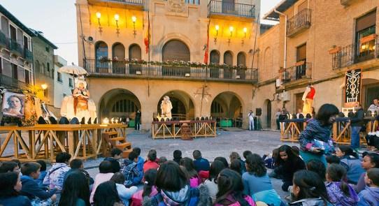Resultado de imagen para festival de teatro de olite