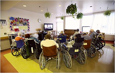 https://i1.wp.com/static01.nyt.com/images/2008/09/29/timestopics/topics_nursinghomes_395.jpg