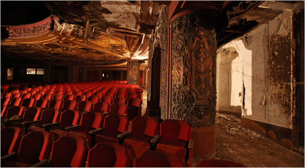 Loews Kings Theater In Brooklyn To Be Restored The New