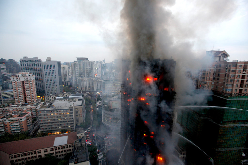 Shanghai Fire Engulfs Apartment Tower The New York Times