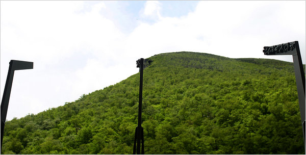 Bild von old man of the mountain profile plaza, franconia: New Hampshire Restoring Old Man Of The Mountain The New York Times