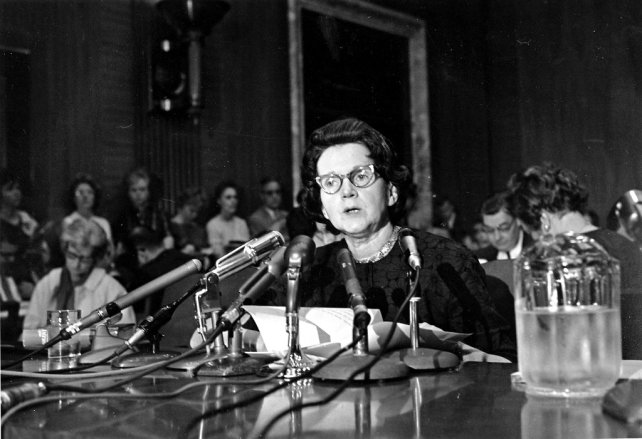 Carson testifying before a Senatesubcommittee on pesticides in 1963.