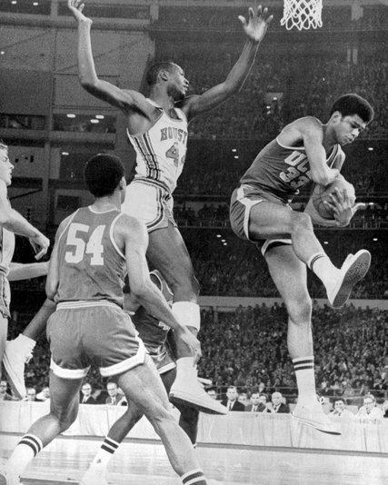 Eddie Einhorn Seized on Broadcasting College Basketball ...