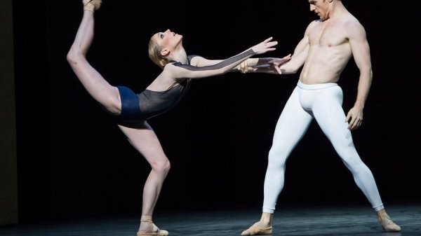 British Choreographer Brings New Work Home to Royal Ballet ...