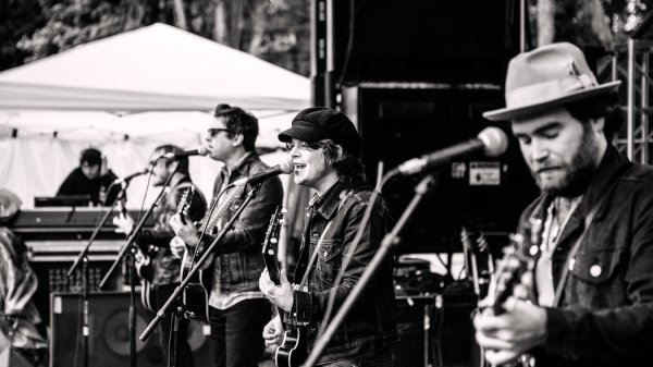 The Wild Feathers Pay Tribute to Tom Petty's 'Listen to ...