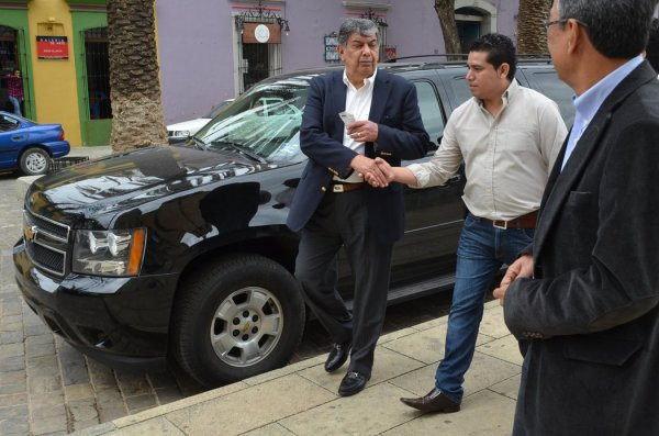 Mexican Political Family Has Close Ties to Ruling Party ...