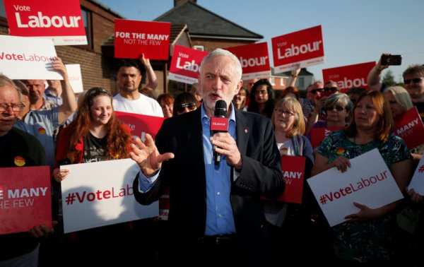 Labour Party in Britain Approves Jeremy Corbyn's Sharp ...
