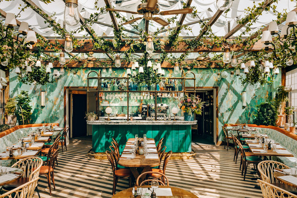 Paris Restaurants Get A Design Boost The New York Times