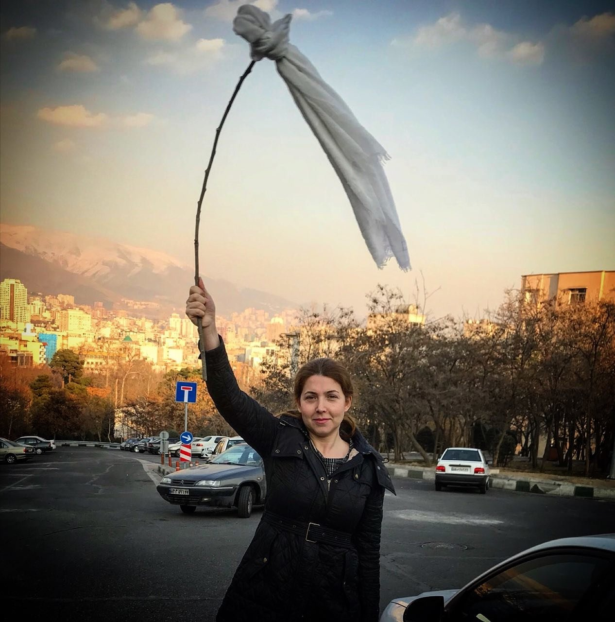 La denuncia di my stealthy freedom. Opinion Why Iranian Women Are Taking Off Their Head Scarves The New York Times