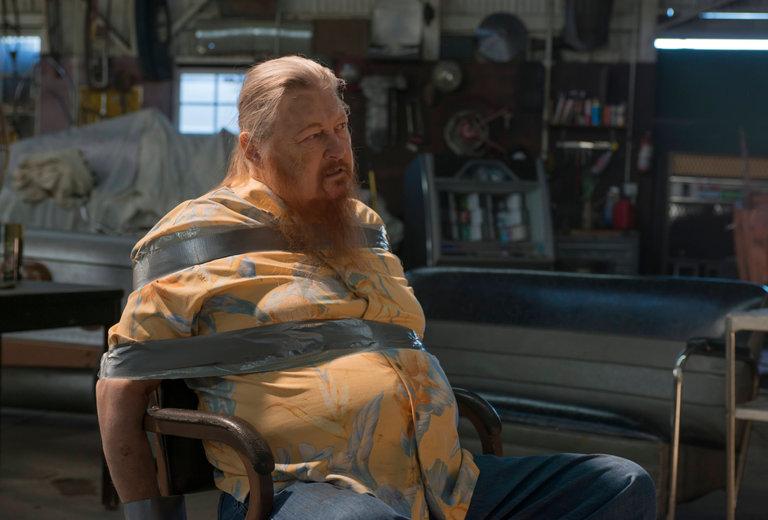 09jones obit1 master768 - Mickey Jones, Drummer Turned Character Actor, Is Dead at 76