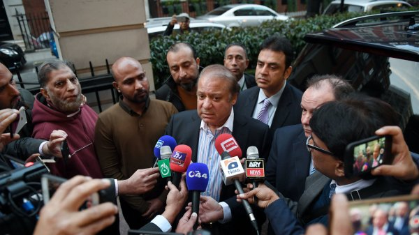 Pakistan's Top Court Rules Ousted Leader Can't Head ...