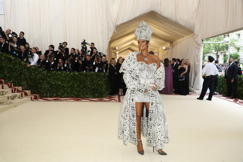 Rihanna in Met Gala 2018.