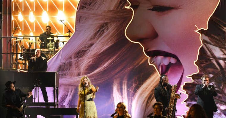 Resultado de imagem para kelly clarkson billboard music awards