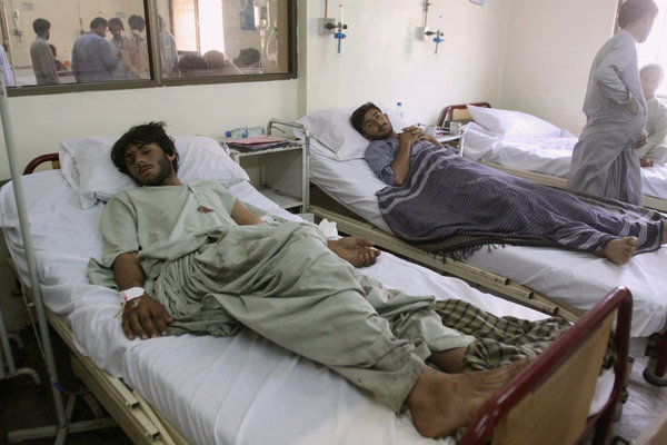 Death Toll in Pakistan Suicide Bombing Rises to 128 - The ...