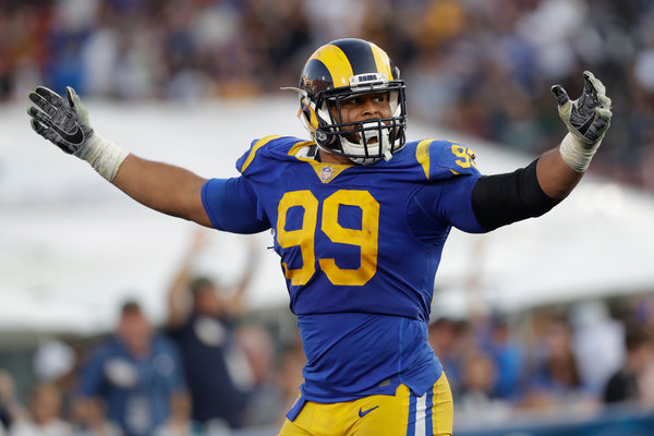 Aaron Donald Doesn't Look Like a Defensive Tackle. So He ...