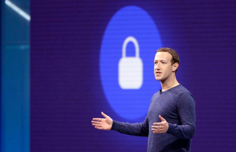 Facebook首席执行官马克·扎克伯格面临的问题是,向私人信息的转变将如何影响这家社交网络的业务。