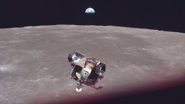 Reliving the Apollo 11 Moon Landing in Pictures The New