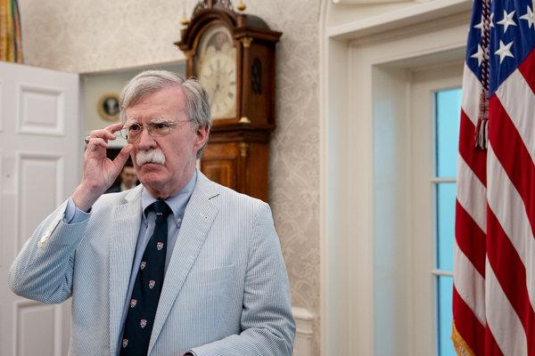 John R. Bolton, exasesor de seguridad nacional de Estados Unidos, no participó al inicio de las discusiones sobre la campaña de presión en Ucrania.