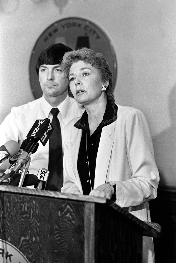 Carolyn Konheim speaking at a news conference in 1983 as a member of the New York City Transit Advisory Council, an independent consumer advocacy group. She was an early proponent of a congestion pricing system in New York.