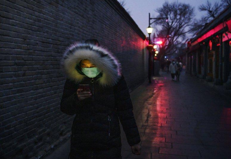 北京,平时春节期间颇为热闹的一个商业区。