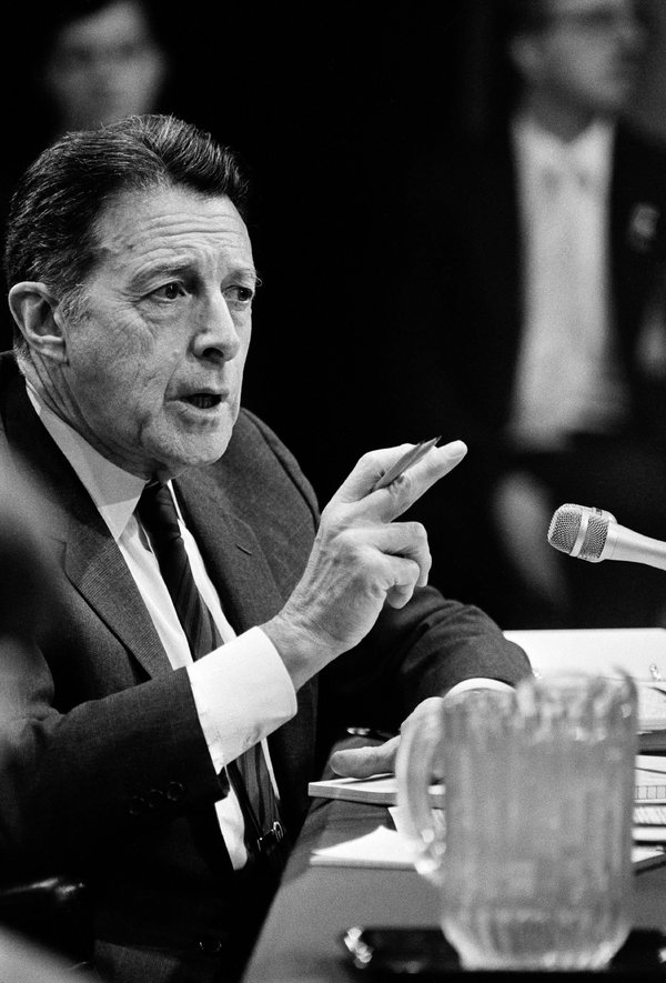 Defense Secretary Caspar W. Weinberger testifying at Iran-contra hearings in 1987.