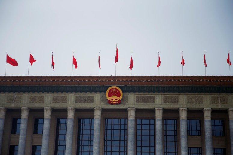 北京的人民大会堂。中国年轻一代的许多人在积极维护政府。