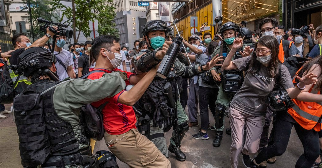 Hong Kong Security Plan Is Approved, Tightening China's Hold
