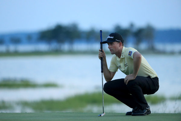 Webb Simpson lined up a putt on the 18th green in the final round of the RBC Heritage in Hilton Head Island, S.C.