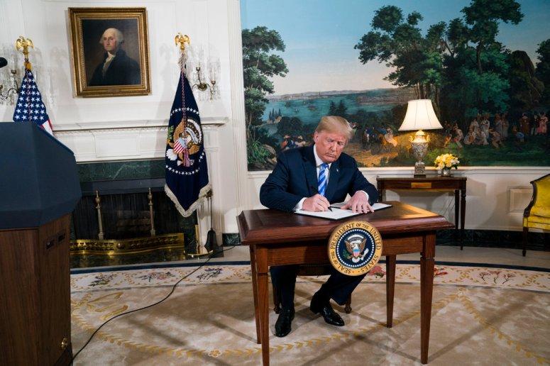 2018年,特朗普总统让美国退出了伊朗核协议。
