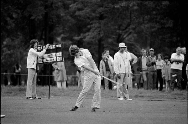 Tom Watson had a one-stroke lead over Irwin heading into the final round of the 1974 Open.